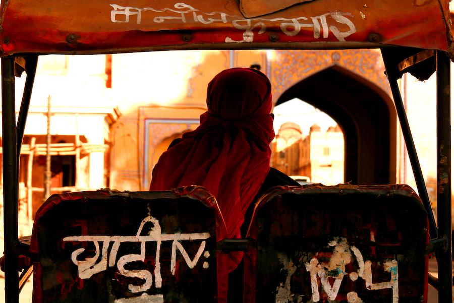 Inde, Rajasthan, Jaipur, tuk-tuk en attente, février 2008